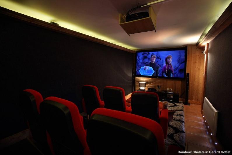 Location de vacances - Chalet à Les Menuires - Salle de Cinéma