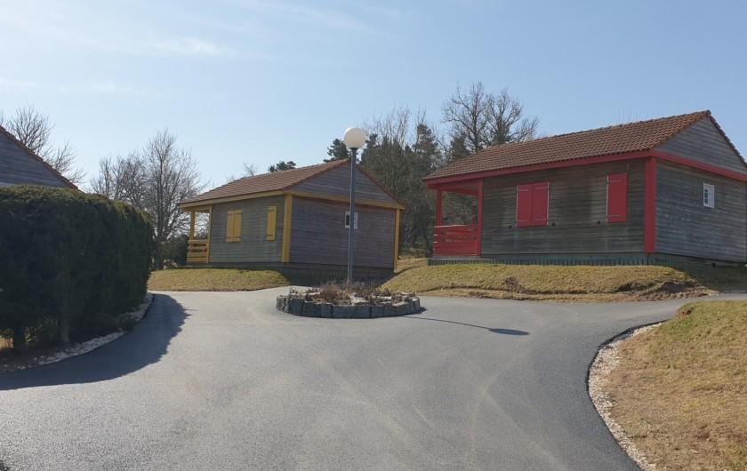 Location de vacances - Chalet à Blavignac - Une Kitchenette équipée dans chaque chalet