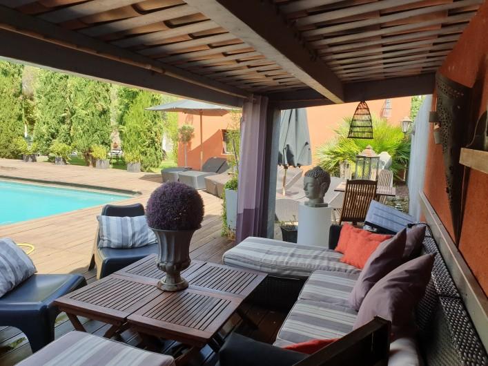 Location de vacances - Studio à La Tour-d'Aigues