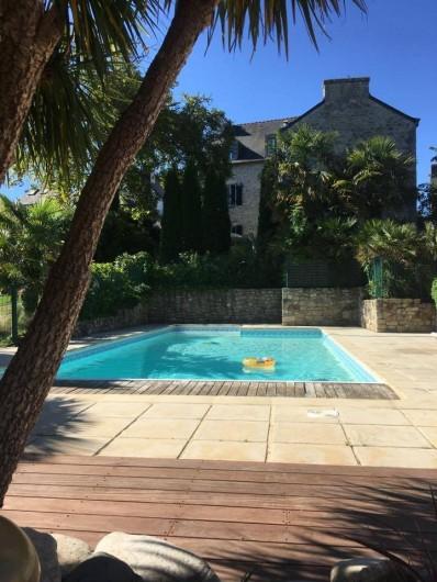 Location de vacances - Appartement à Bénodet - Piscine chauffée et jacuzzi ouverts et offerts de mai à mi-juin