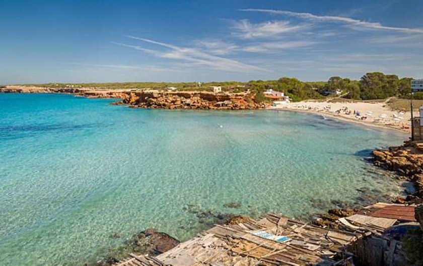 Location de vacances - Villa à Cap de Barbaria - The house is 300m away from cala saona beach