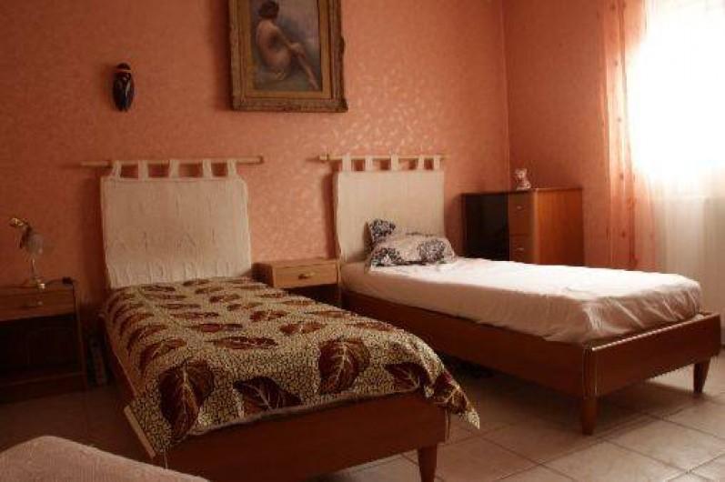 Location de vacances - Appartement à Sète - 2 ème chambre avec 2 lits possibilité de les rejoindre