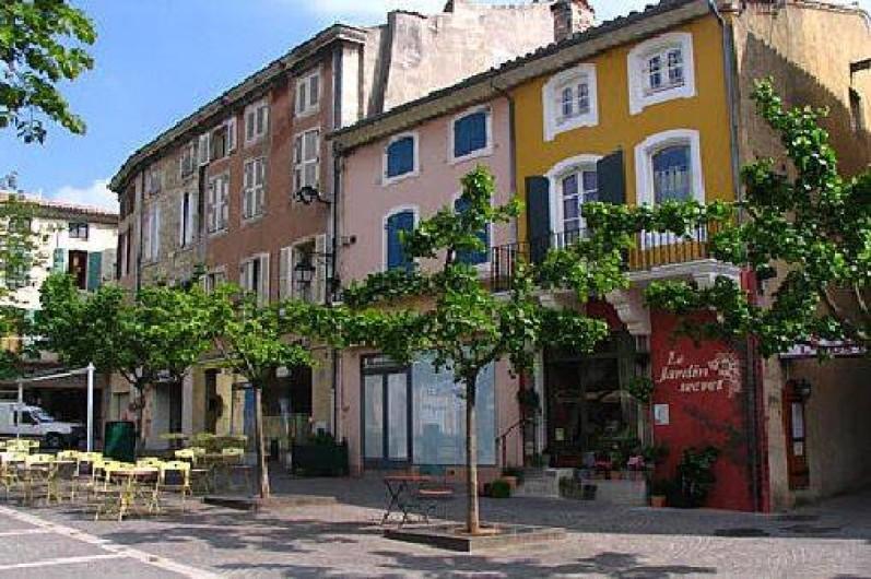 Location de vacances - Camping à Saint-Paul-Trois-Châteaux