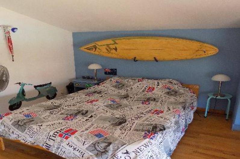 Location de vacances - Villa à Pérols - Chambre à coucher 1er étage