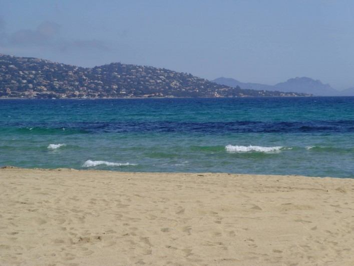 Location de vacances - Appartement à Sainte-Maxime - plage hors saison...