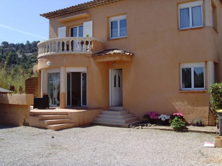 Location de vacances - Appartement à Sainte-Maxime - façade