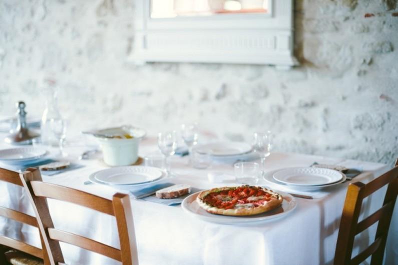 Location de vacances - Maison - Villa à Marzens - une table apéttissante!