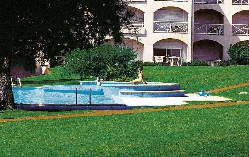 Location de vacances - Appartement à Moliets-et-Maa - Piscine
