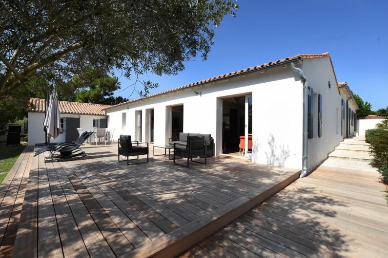 Location de vacances - Villa à Sainte-Marie-de-Ré - Maison côté Terrasse et Jardin