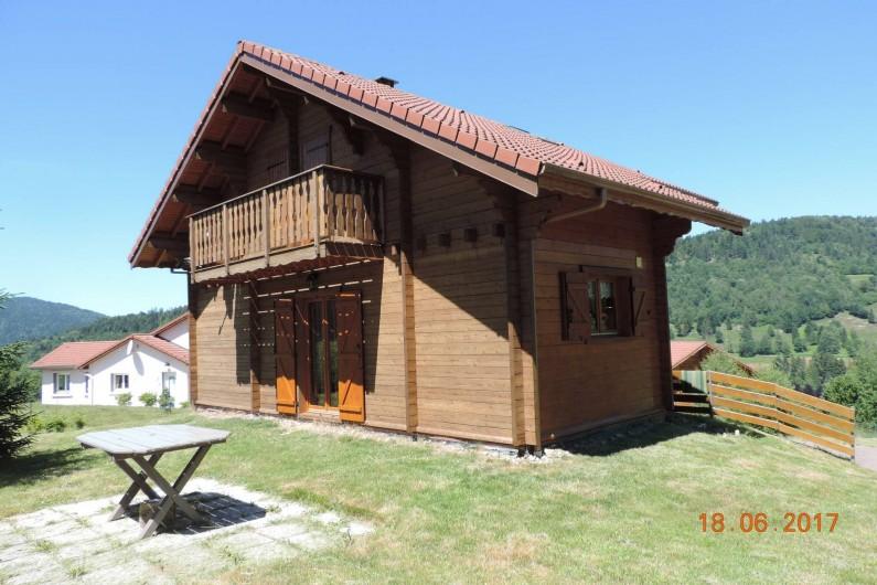 Location de vacances - Chalet à Saint-Maurice-sur-Moselle - CHALET reteinté cet Eté