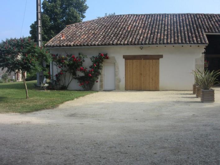 Location de vacances - Gîte à Fourcès - ENTREE PRINCIPALE