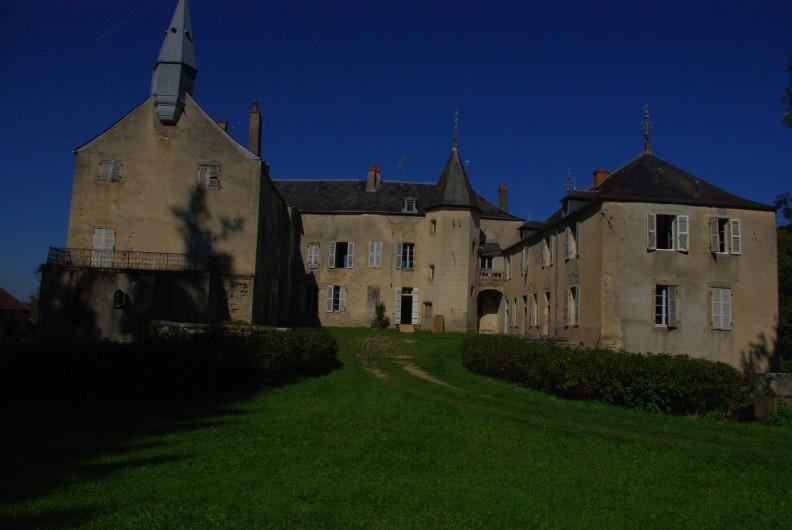 Location de vacances - Château - Manoir à Bussy-la-Pesle - Le château de Bussy La Pesle