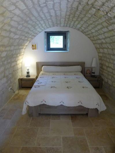 Location de vacances - Mas à Labastide-Marnhac - 1 lit 140  chambre voutée