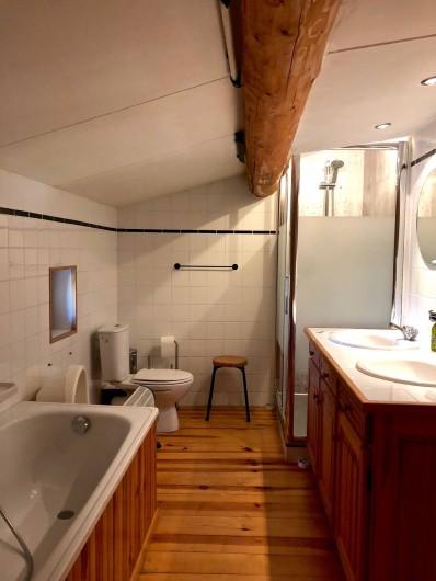 Location de vacances - Mas à Sécheras - Salle de bain