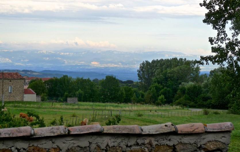 Location de vacances - Mas à Sécheras - Vue de la terrasse vers le Vercors