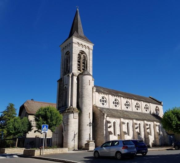 Location de vacances - Chambre d'hôtes à Saint-Sozy - Eglise de Saint-Sozy
