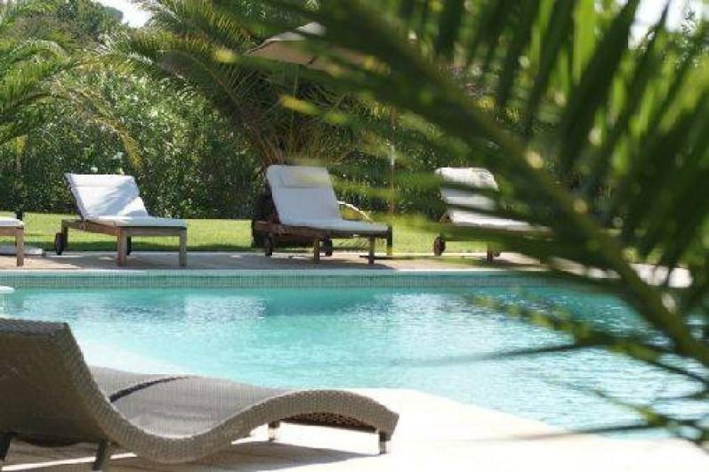 Chambres d 39 h tes villa sophie grimaud dans le var avec - Chambre d hotes var avec piscine ...