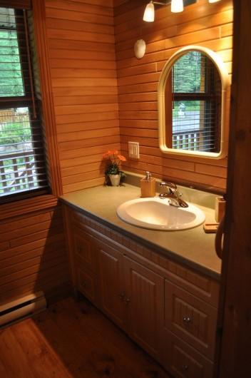 Location de vacances - Chalet à Val-David - Salle de bain - Chambre JOIE DE VIVRE