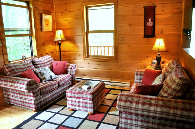 Location de vacances - Chalet à Val-David - Salon Rouge