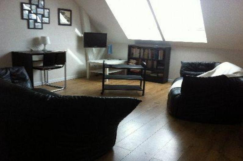 Location de vacances - Villa à Piriac-sur-Mer - mezzanine espace tv qui dessert 4 chambres étage