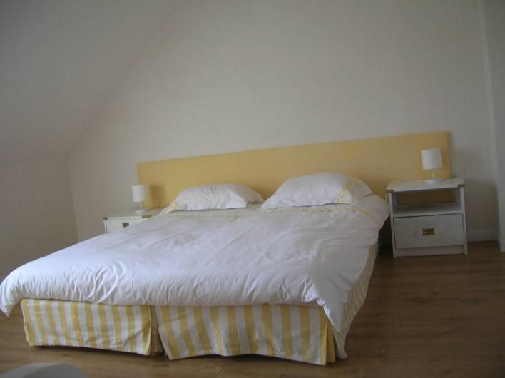 Location de vacances - Villa à Piriac-sur-Mer - chambre 3 vue mer  soit 1 lit de 160