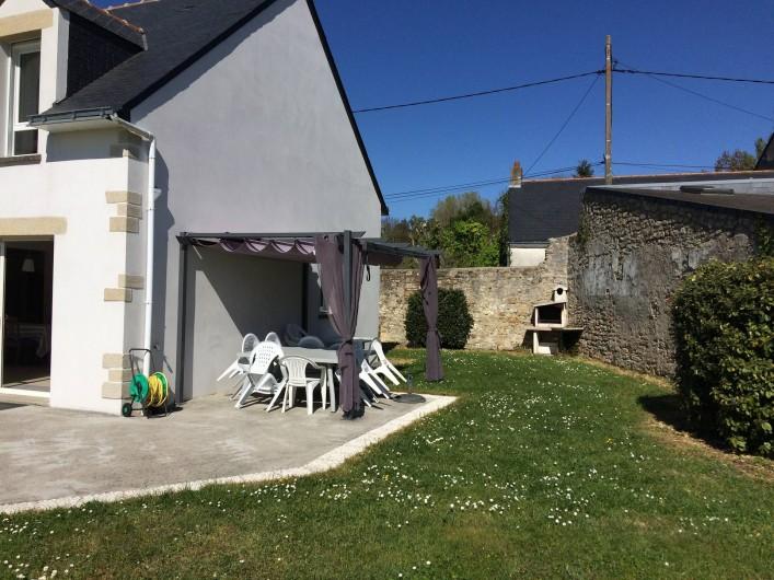 Location de vacances - Villa à Piriac-sur-Mer - espace repas exterieur BBQ