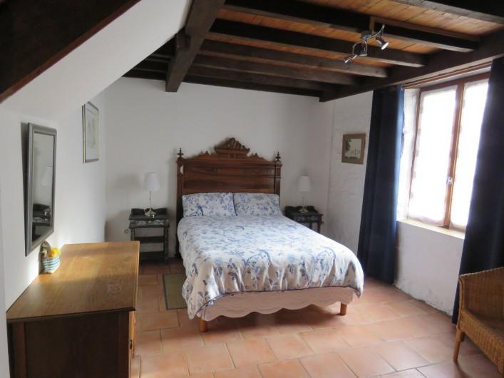 Location de vacances - Gîte à Justian - Pièce à vivre dans notre gîte D'Artagnan pour 4 à 5 personnes