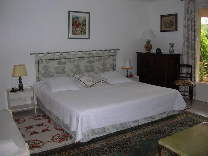 Location de vacances - Appartement à Sainte-Maxime - chambre 1    2 lits jumeaux possible