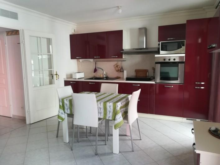 Location de vacances - Appartement à Menton - côté  cuisine