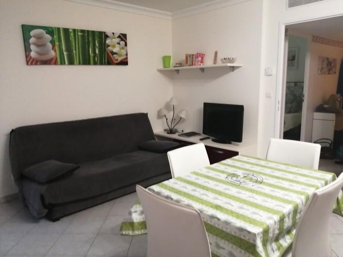 Location de vacances - Appartement à Menton - côté salon