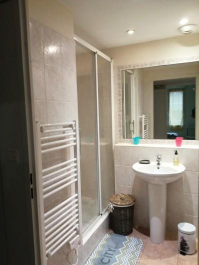 Location de vacances - Appartement à Menton - douche
