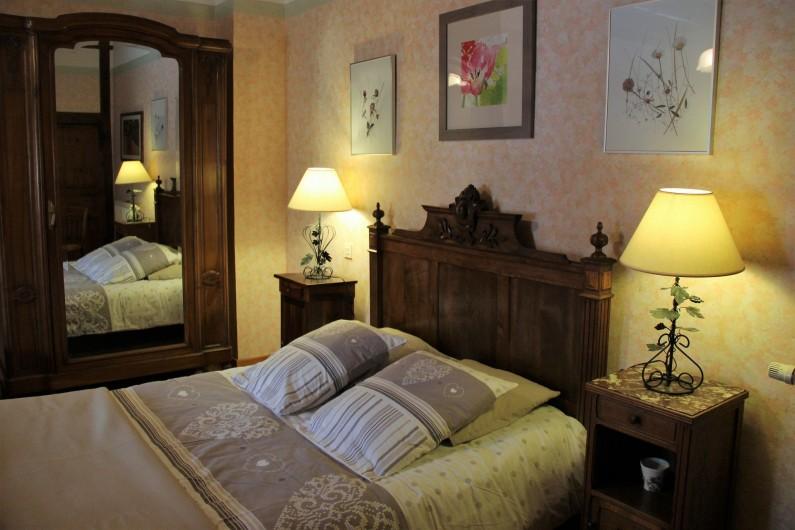 Location de vacances - Gîte à Saint-Pierre - la grande chambre, lit de 140