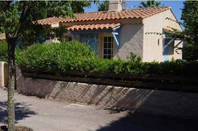 Location de vacances - Villa à Sainte-Maxime - Villa +place parking