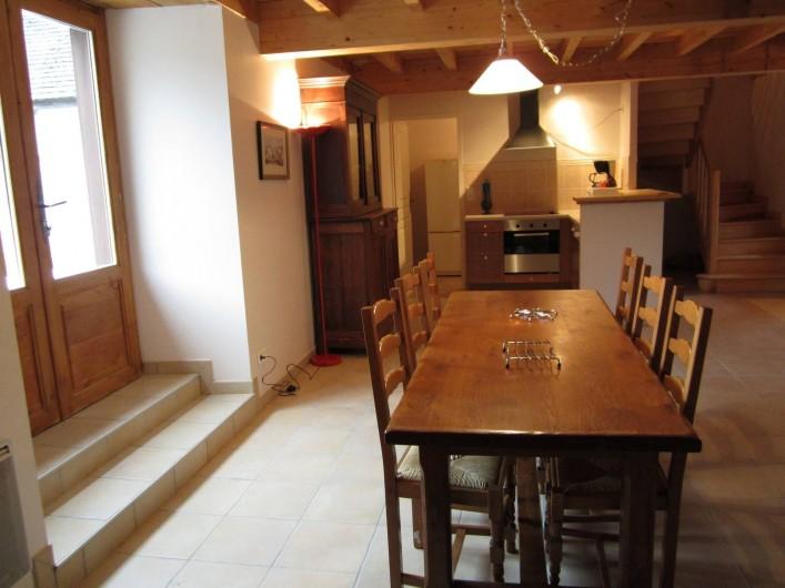 Location de vacances - Gîte à Arrens-Marsous - Coin repas et coin cuisine