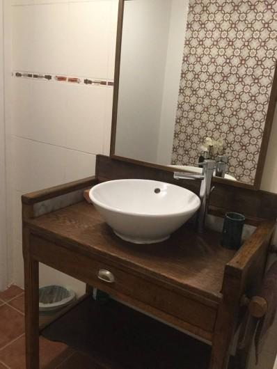 Location de vacances - Maison - Villa à Curvalle - Salle de bain 1
