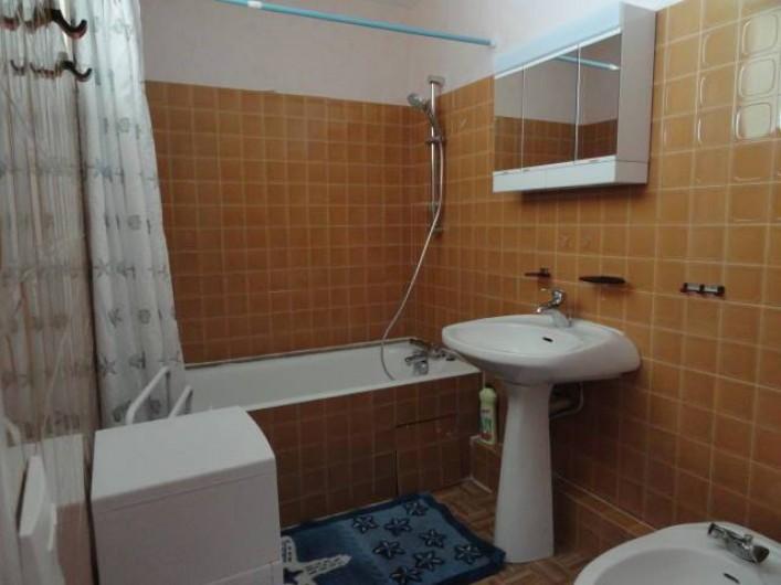 Location de vacances - Appartement à La Trinité-sur-Mer - Salle de bain