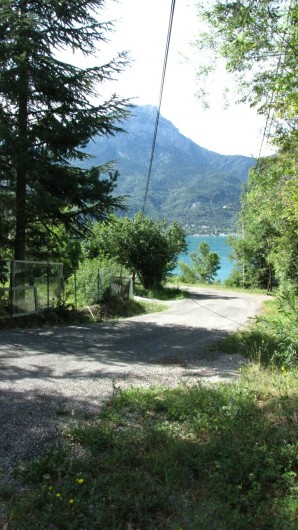 Location de vacances - Appartement à Savines-le-Lac - Accès entrée privée