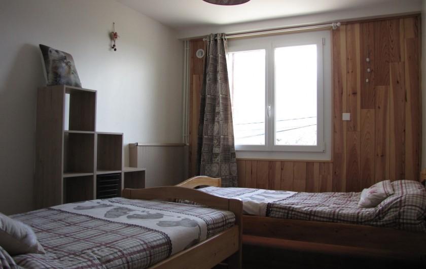 Location de vacances - Appartement à Savines-le-Lac - Chambre marmottes avec 2 lits simples