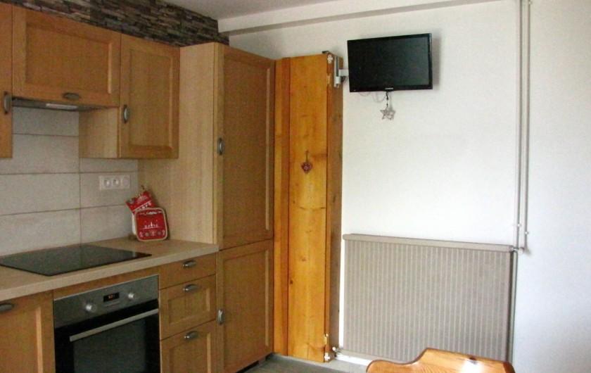 Location de vacances - Appartement à Savines-le-Lac - Cuisine avec TV