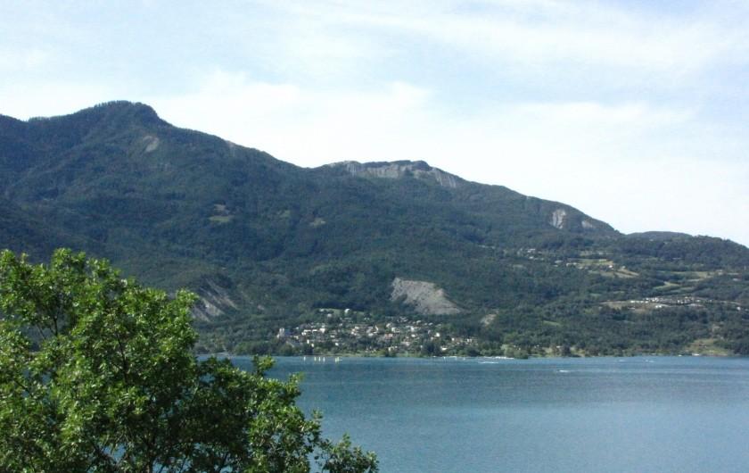 Location de vacances - Appartement à Savines-le-Lac - Vue sur le lac