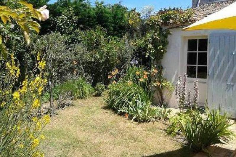 Location de vacances - Maison - Villa à Saint-Clément-des-Baleines - entrée chambre 3 sur jardin
