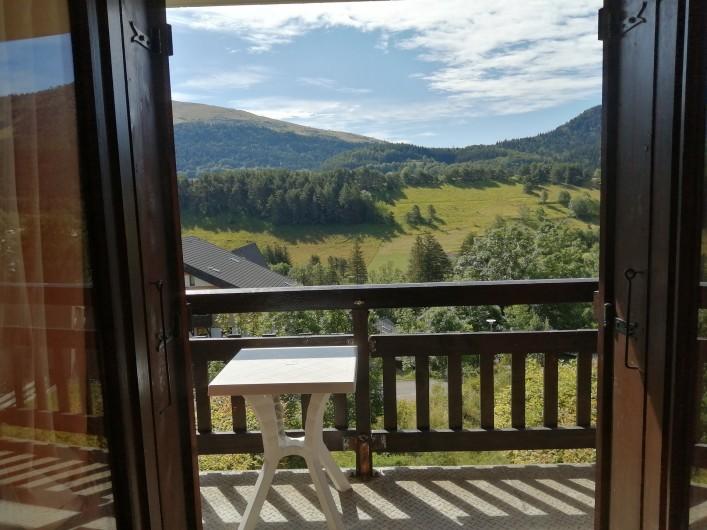 Location de vacances - Studio à Gresse-en-Vercors - Vue du balcon la campagne