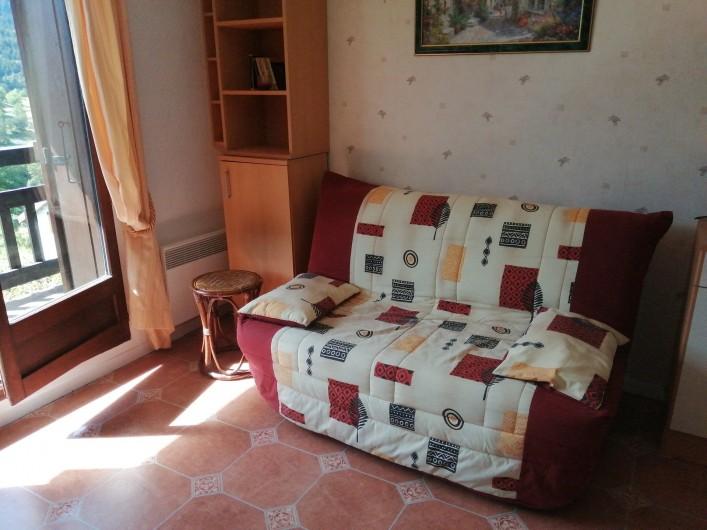 Location de vacances - Studio à Gresse-en-Vercors - Le canape