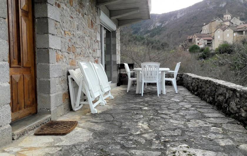 Location de vacances - Gîte à Peyreleau - Vue de la terrasse