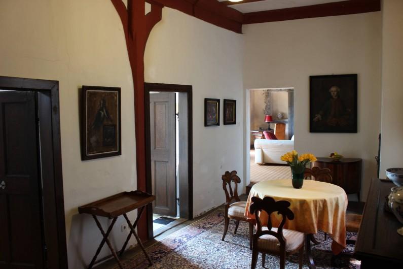 Location de vacances - Appartement à Unsleben - l'entree de l'appartment. La porte ouverte à la gauche mène à la cuisine.