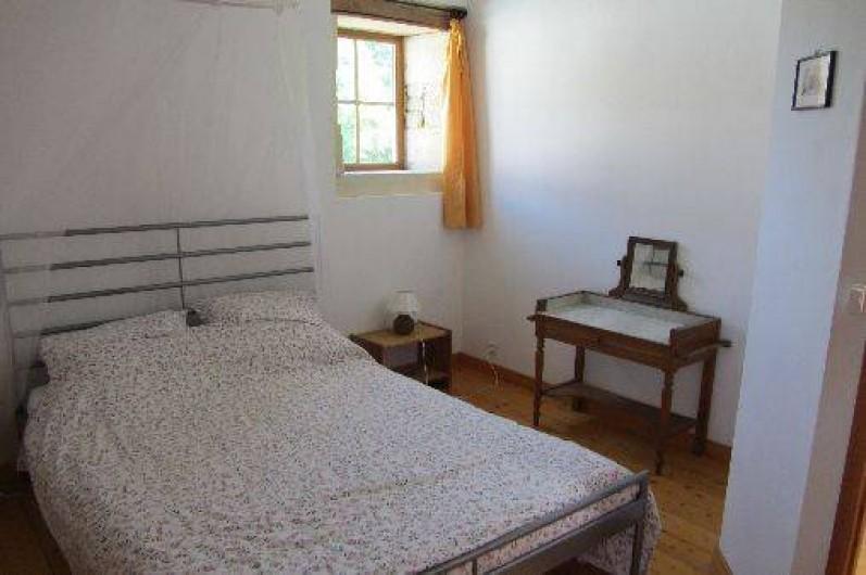 Location de vacances - Gîte à Saint-Crepin - Chambre double - gite Le Tournesol