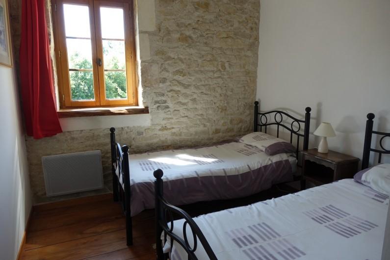 Location de vacances - Gîte à Saint-Crepin - Chambre 2 - gite L'Hibiscus