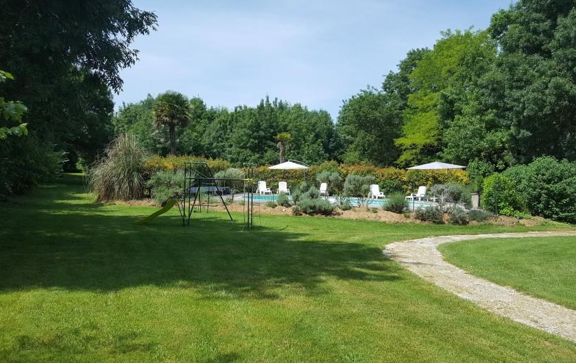 Location de vacances - Gîte à Saint-Crepin - Portique de jeu