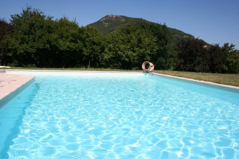 Location de vacances - Villa à Saint-Martin-sur-Lavezon - Piscine