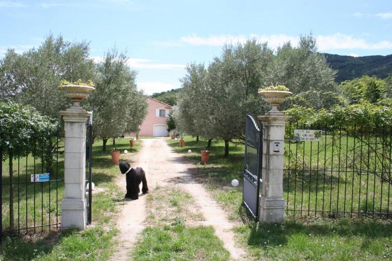 Location de vacances - Villa à Saint-Martin-sur-Lavezon - Entrée